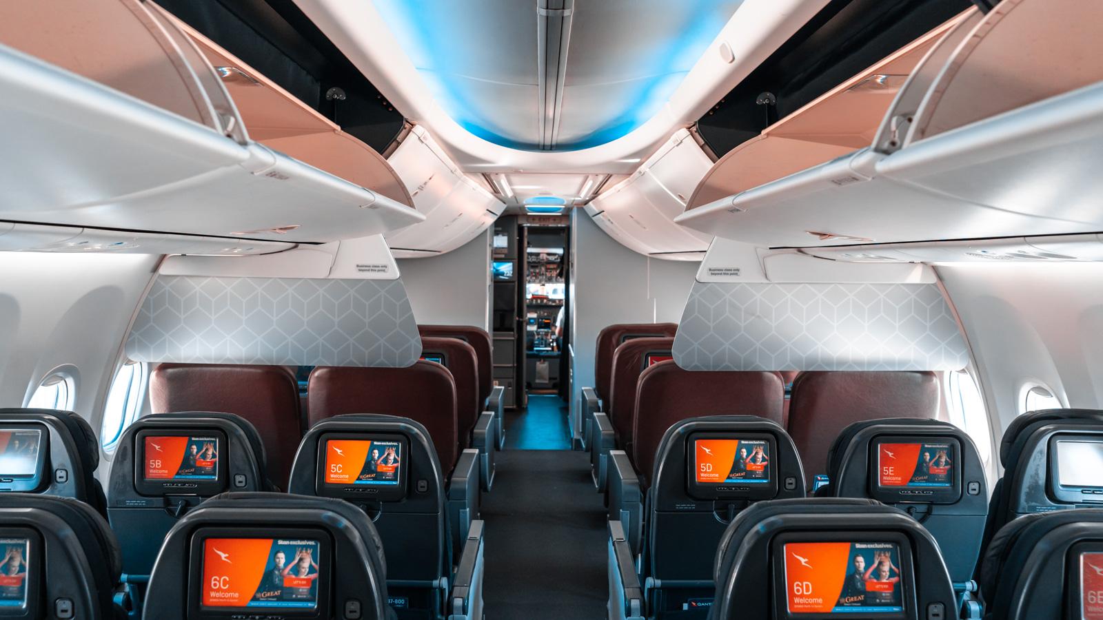 Qantas 737 Economy