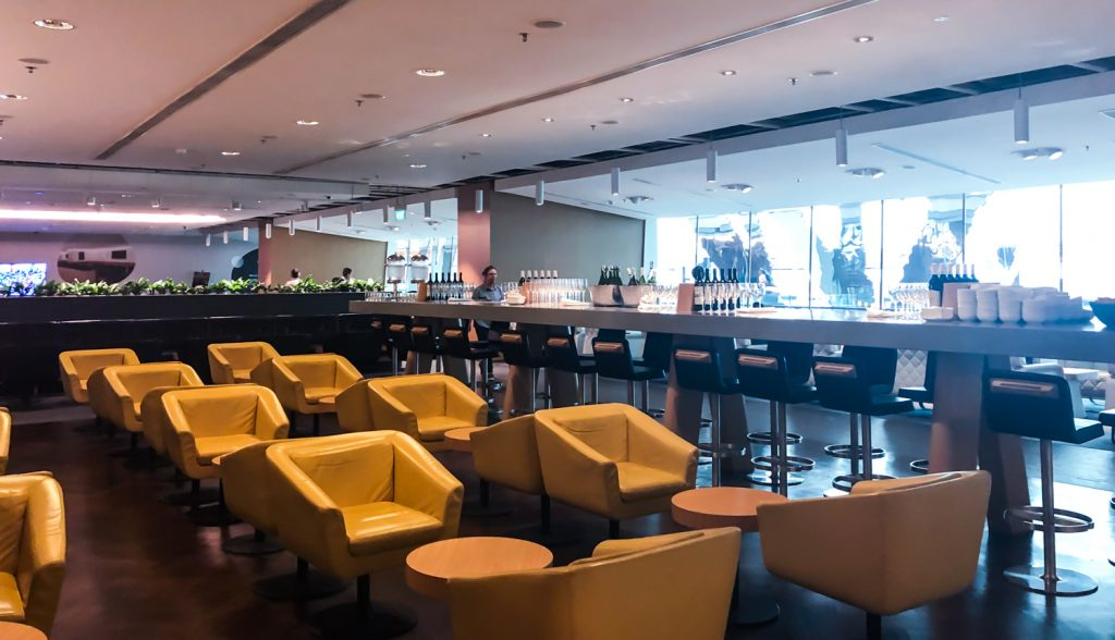 Qantas Singapore Lounge layout - 3