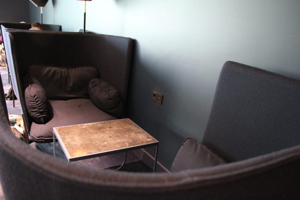 Finnair Platinum Wing Helsinki seating