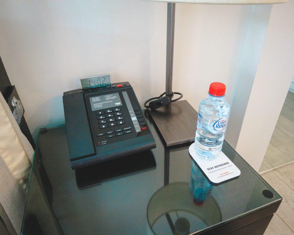 Sheraton Grand Port Douglas Premium Premium Lagoon Edge bedside phone