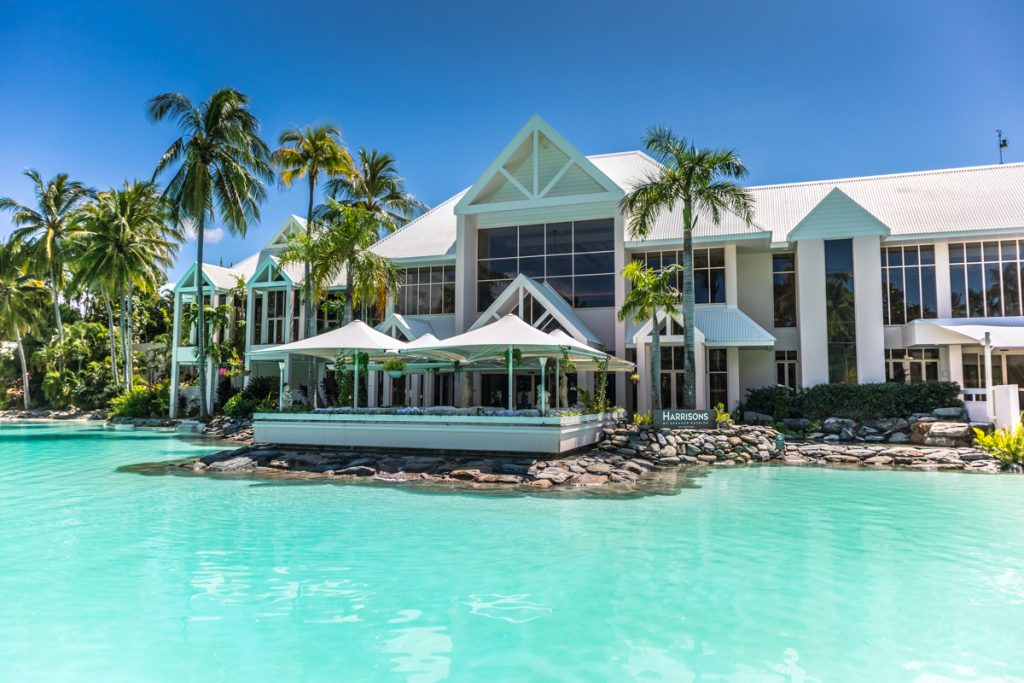 Sheraton Grand Port Douglas swimming pool