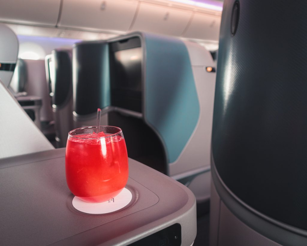 Singapore Airlines 787-10 Business Class Singapore Sling