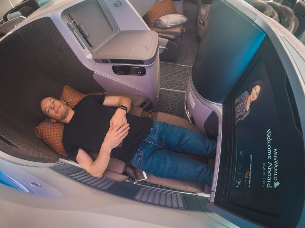 Singapore Airlines 787-10 Business Class lie flat
