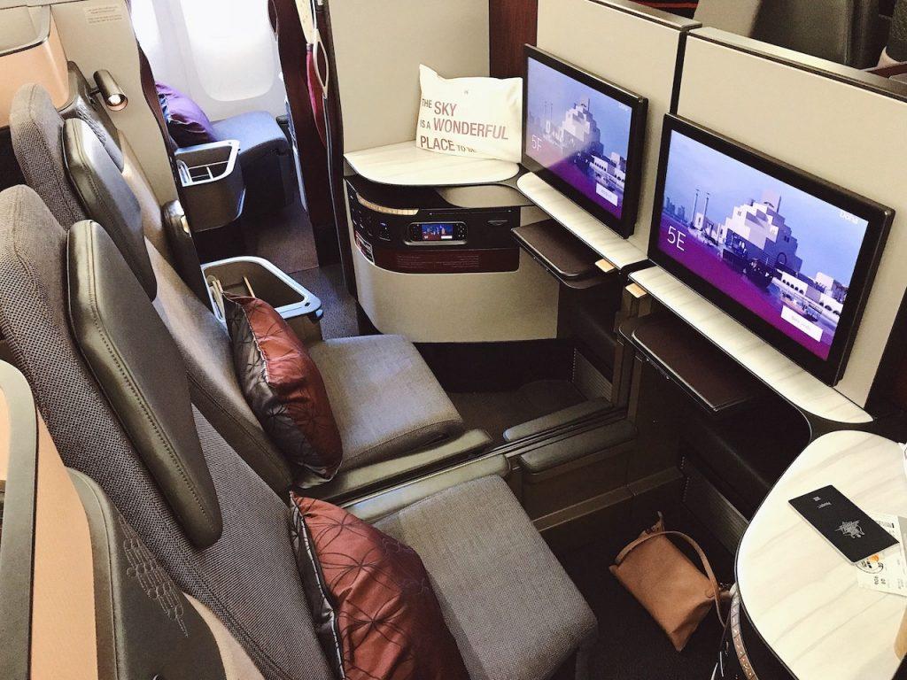 Qatar 777-300 Qsuites