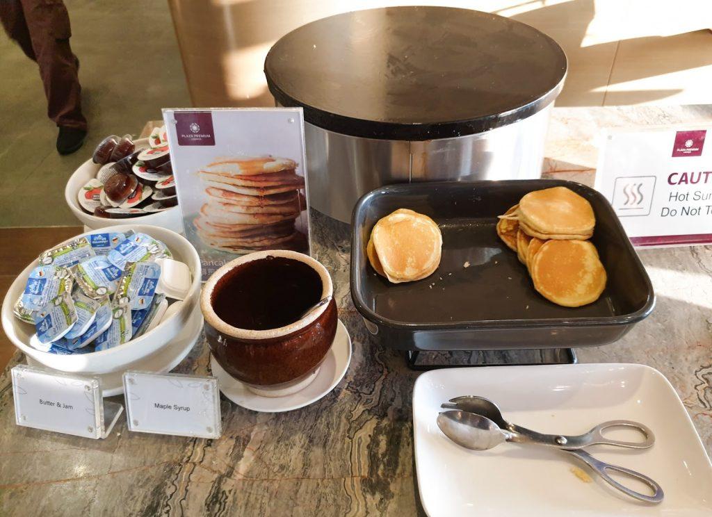Plaza Premium KLIA Satellite pancakes