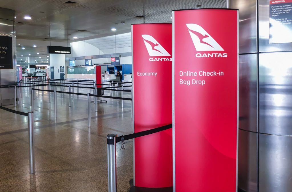 Mebourne airport Qantas check in counters