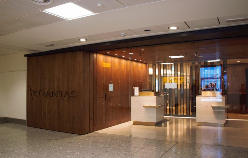 Qantas International London Lounge entrance