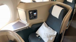 Cathay Pacific Business Class (A350/777/A330) overview