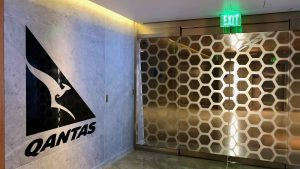 Review: Qantas International First Lounge Los Angeles