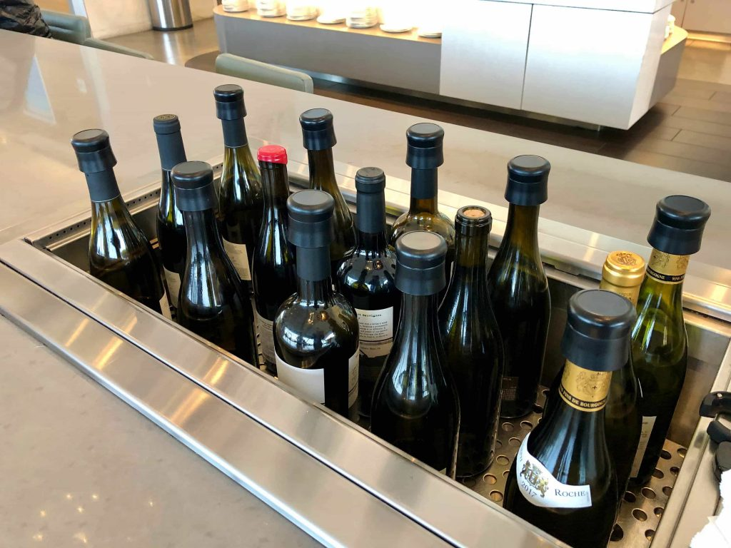 American Airlines Flagship Lounge Los Angeles wine