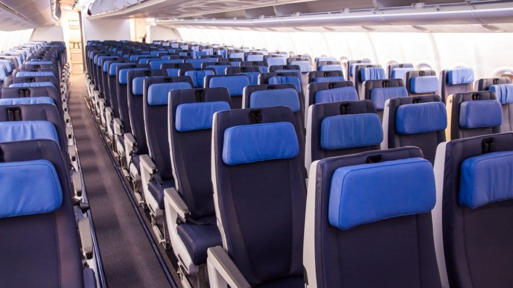 Economy Class Seat - AirlineGeeks - Joao Machado - Point Hacks
