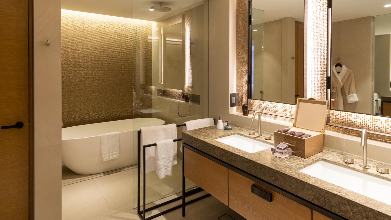 Ritz Carlton Perth Bathroom 1