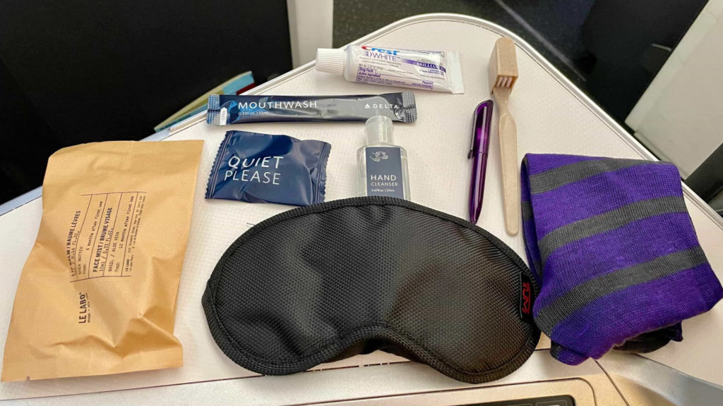 Delta One A350 Suites amenities kit