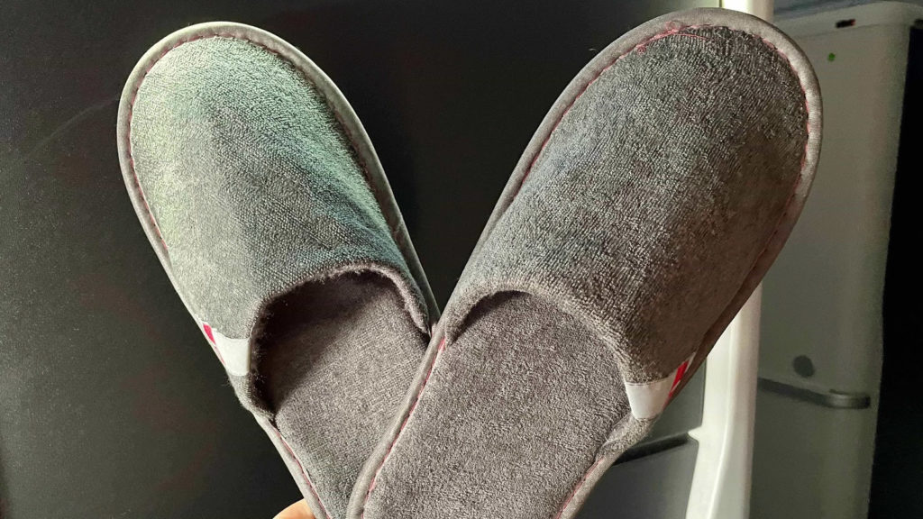 Delta One A350 Suites slippers