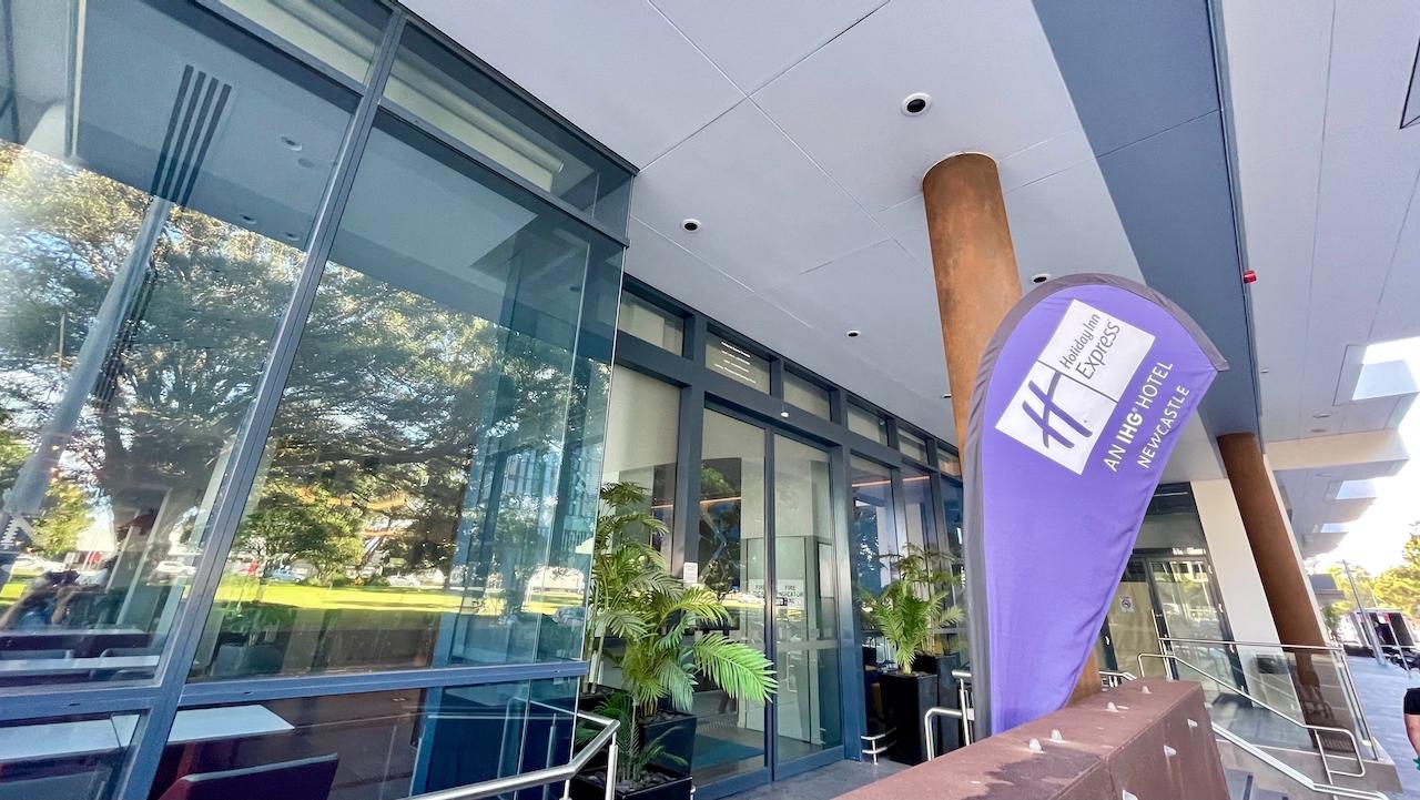 Holiday Inn Express Newcastle entrance