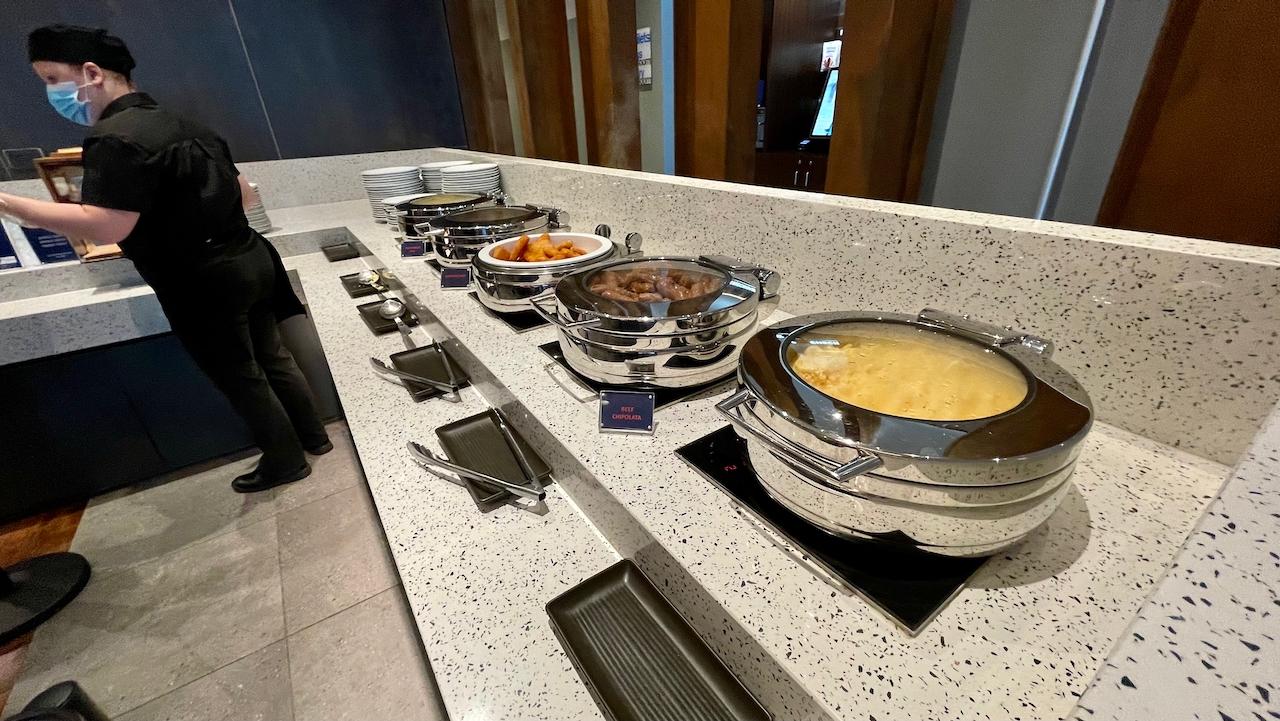 Holiday Inn Express Newcastle buffet