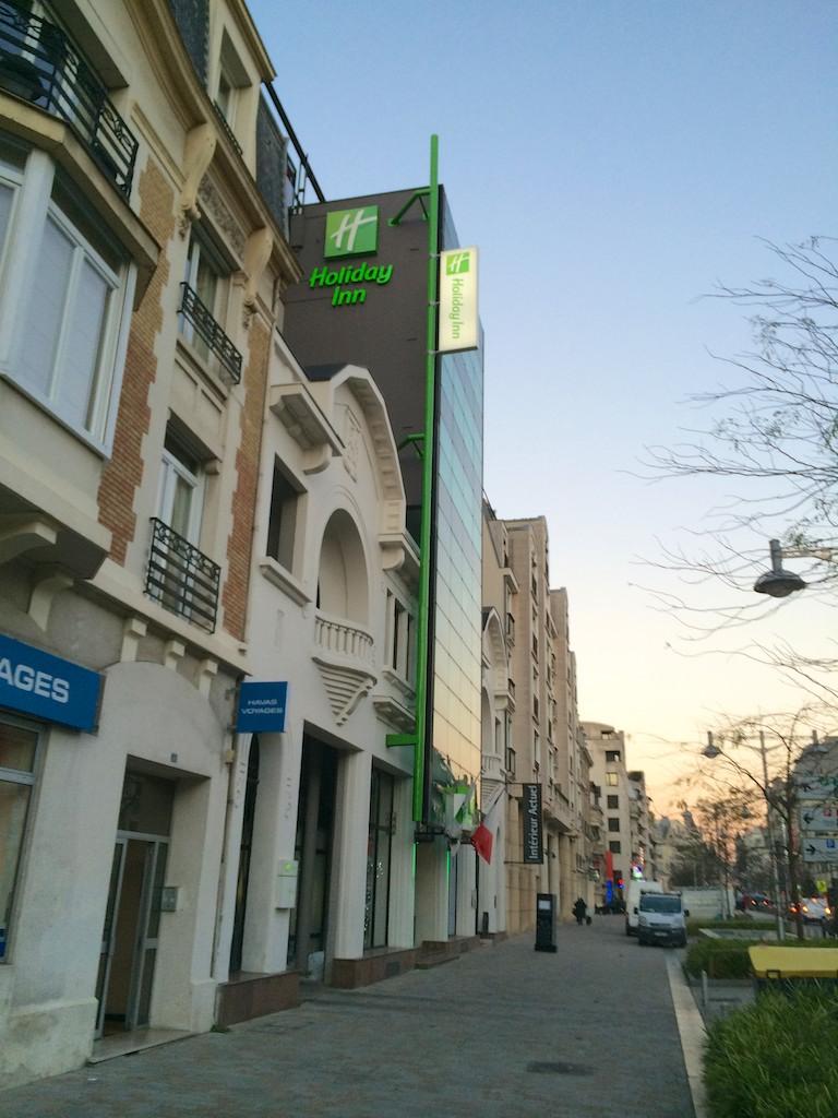 1 Holiday Inn Reims  Exterior