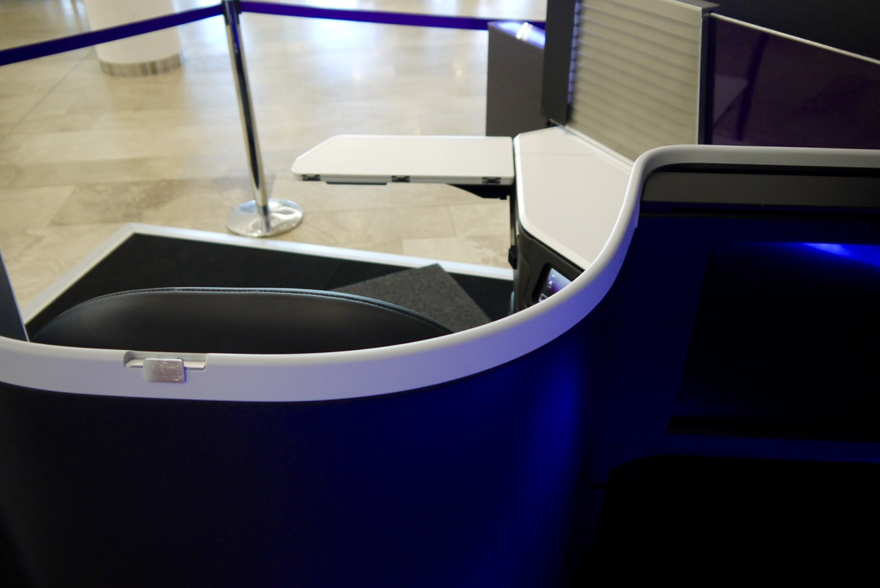 Virgin Australia new 2015 Business Class A330-777 Seat (3)
