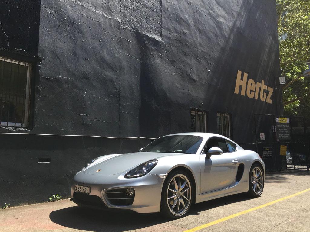 Hertz Porsche