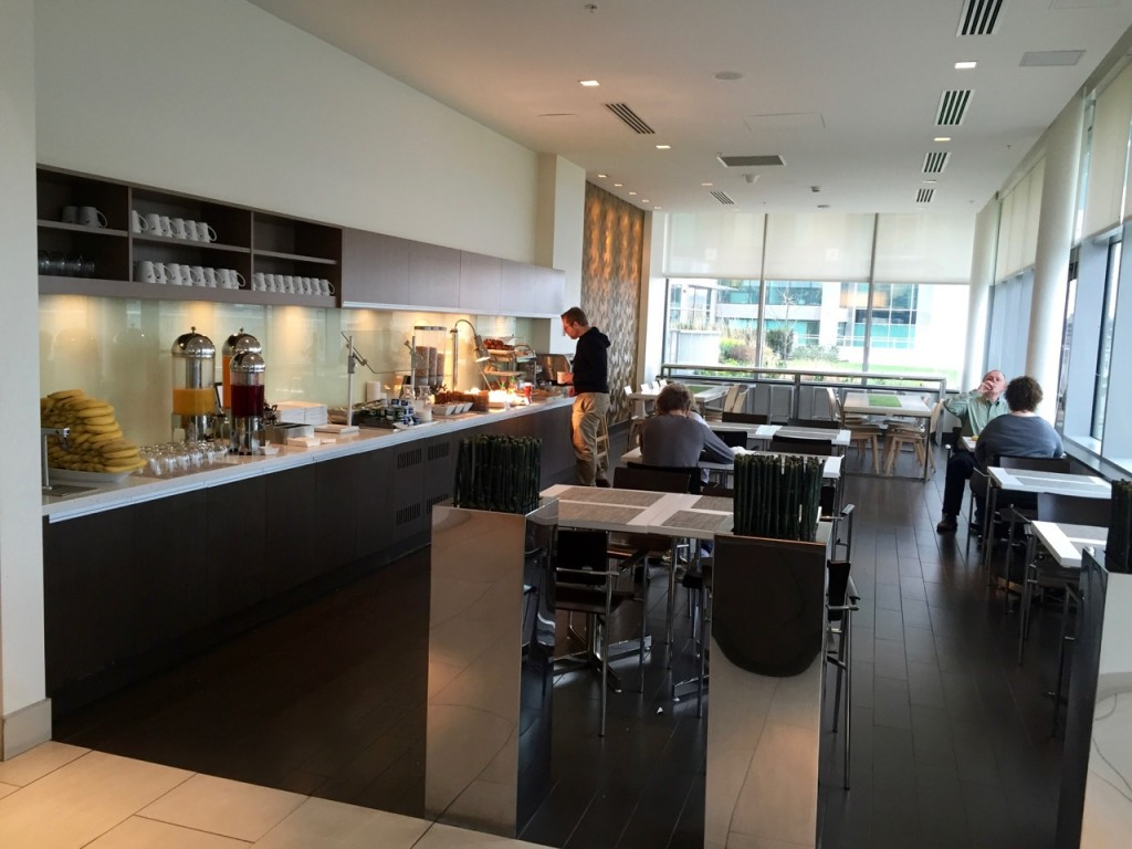 Element Vancouver Metrotown Lounge (5)