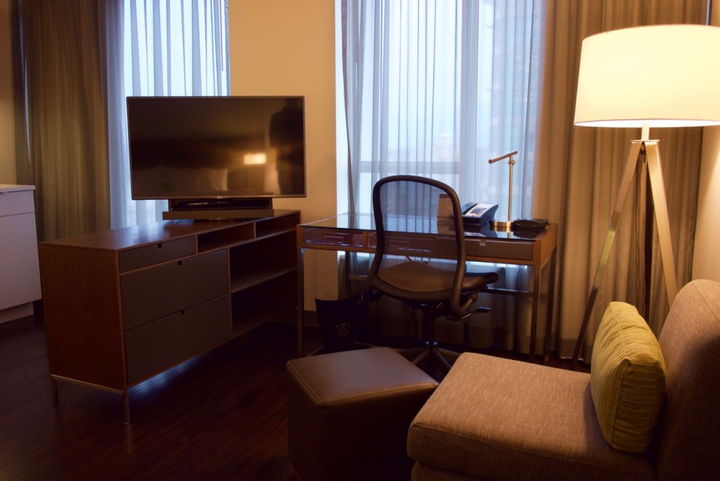 Element Vancouver Metrotown One Bedroom King (3)