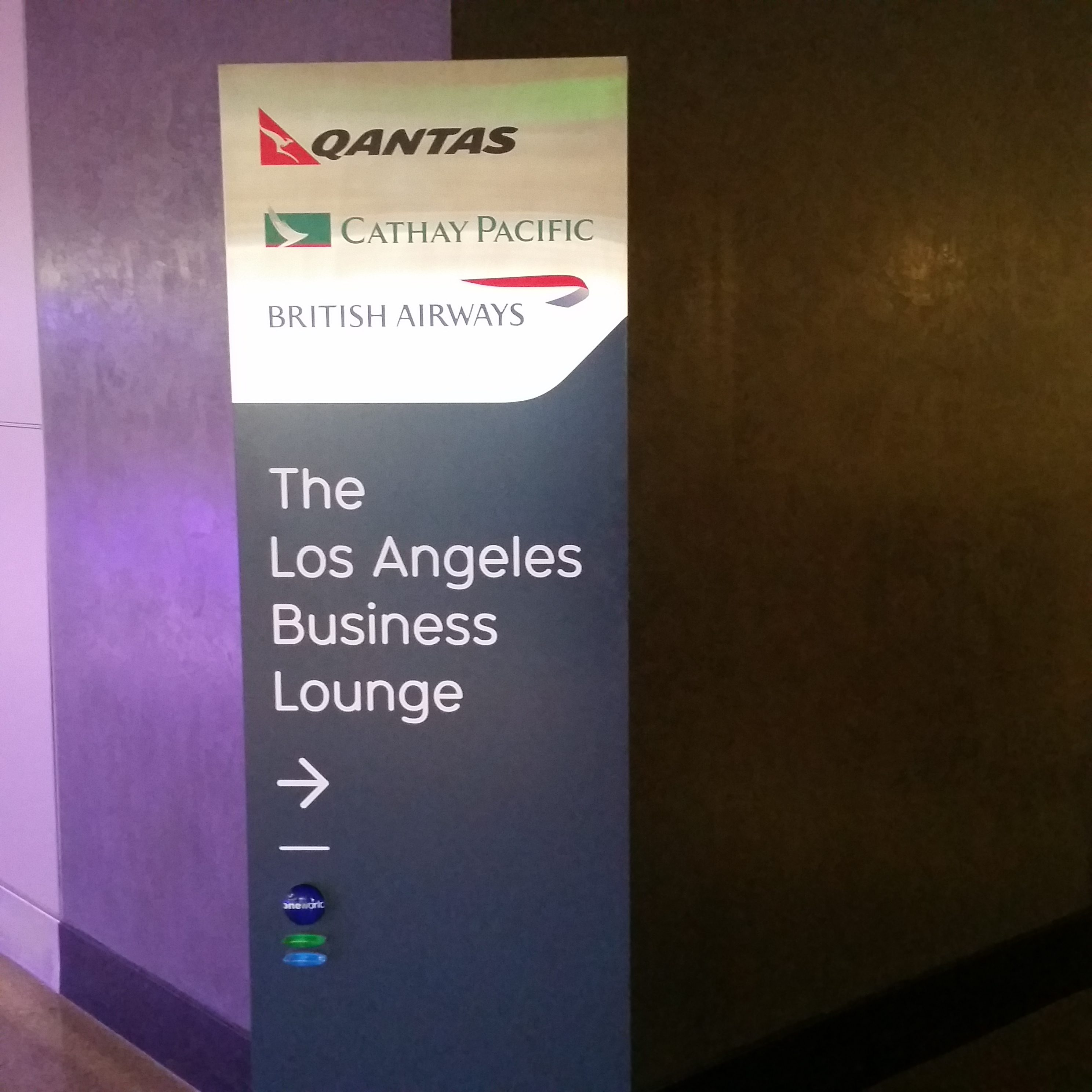 Qantas LAX lounge review entrance 1