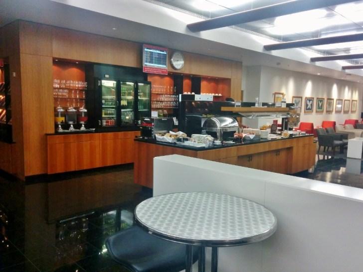 Qantas Auckland Lounge 12