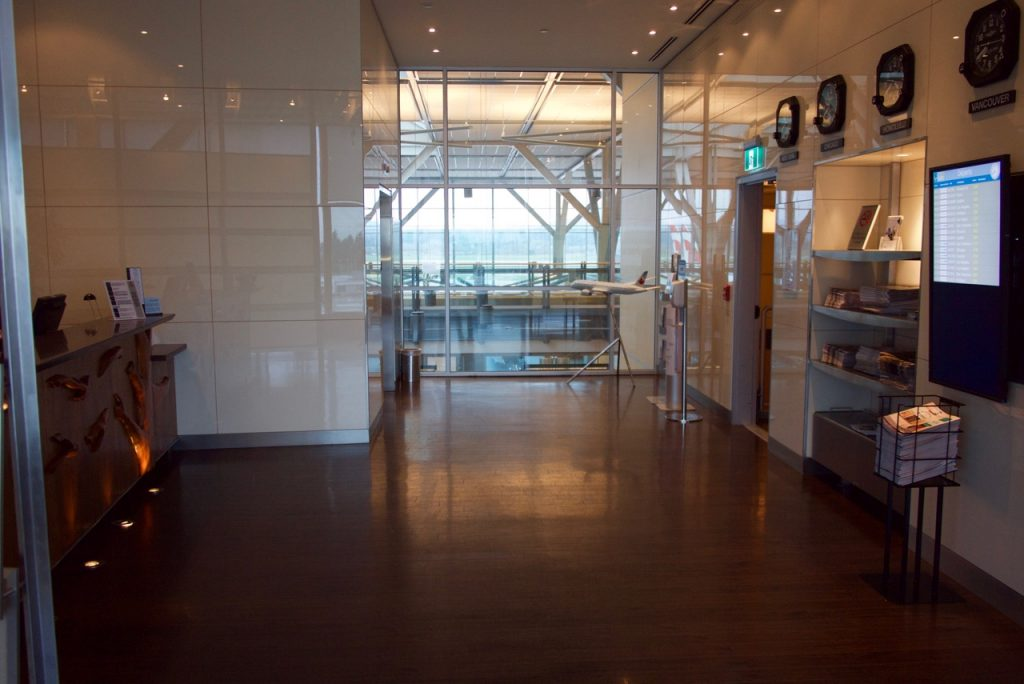 Air Canada Maple Leaf Lounge Vancouver (3)